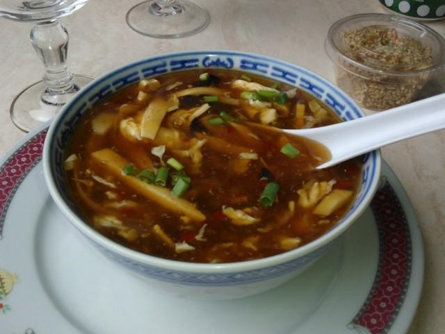 recette de cuisine chinoise la soupe de poulet p kinoise. Black Bedroom Furniture Sets. Home Design Ideas