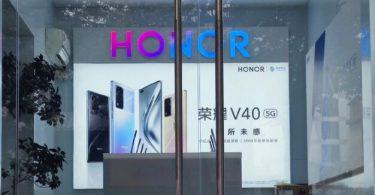 Honor V40 Offline Poster