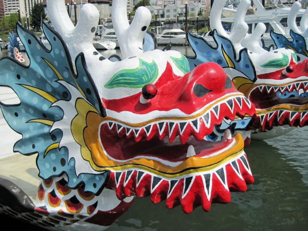 proue d'un bateau-dragon